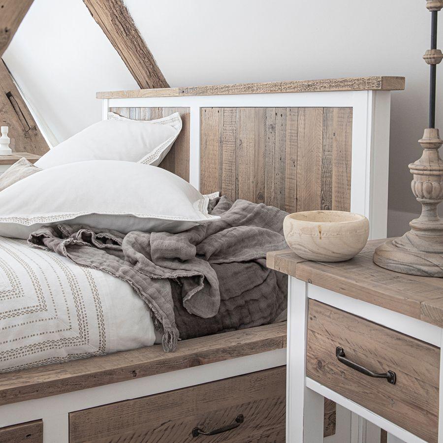 Table de chevet en bois recyclé blanc – Rivages