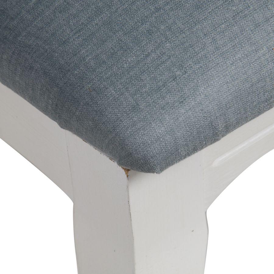 Chaise en hévéa massif et tissu vert sauge toucher velours - Romy