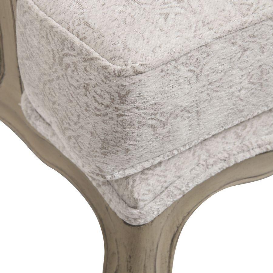 Fauteuil bergère en tissu arabesque perle - Césarine