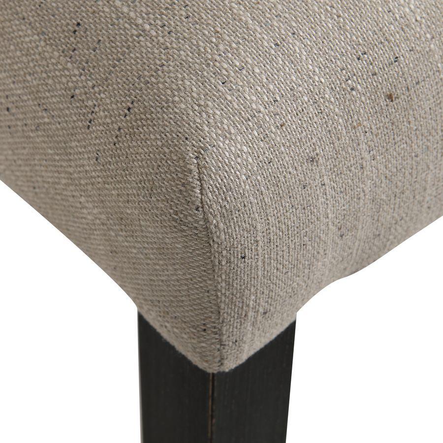 Chaise en hévéa massif et tissu mastic grisé- Romane