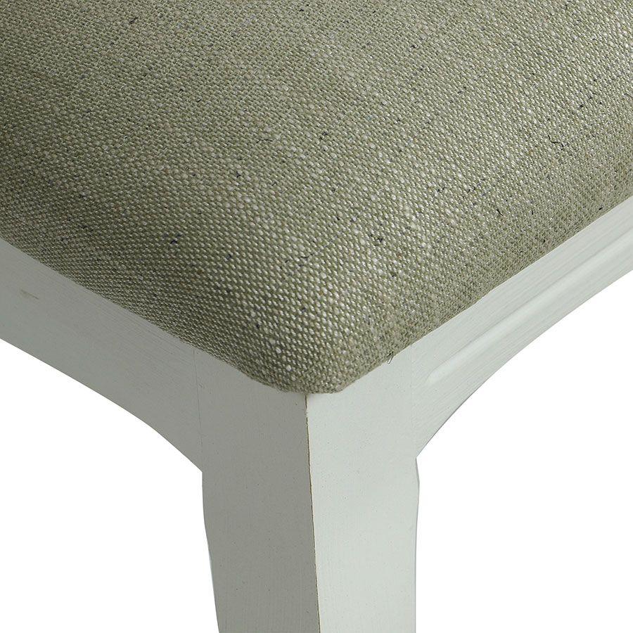 Chaise médaillon en tissu vert amande et hévéa blanc - Hortense
