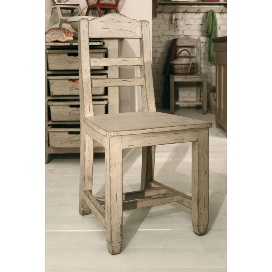 Chaise en pin massif - Brocante