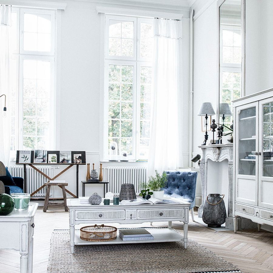 Vitrine 2 portes vitrées en pin blanc craie - Montaigne