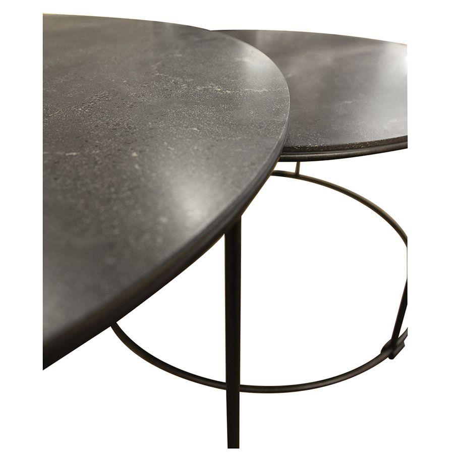 Tables basses rondes gigognes avec plateaux en pierre bleue - Minéral