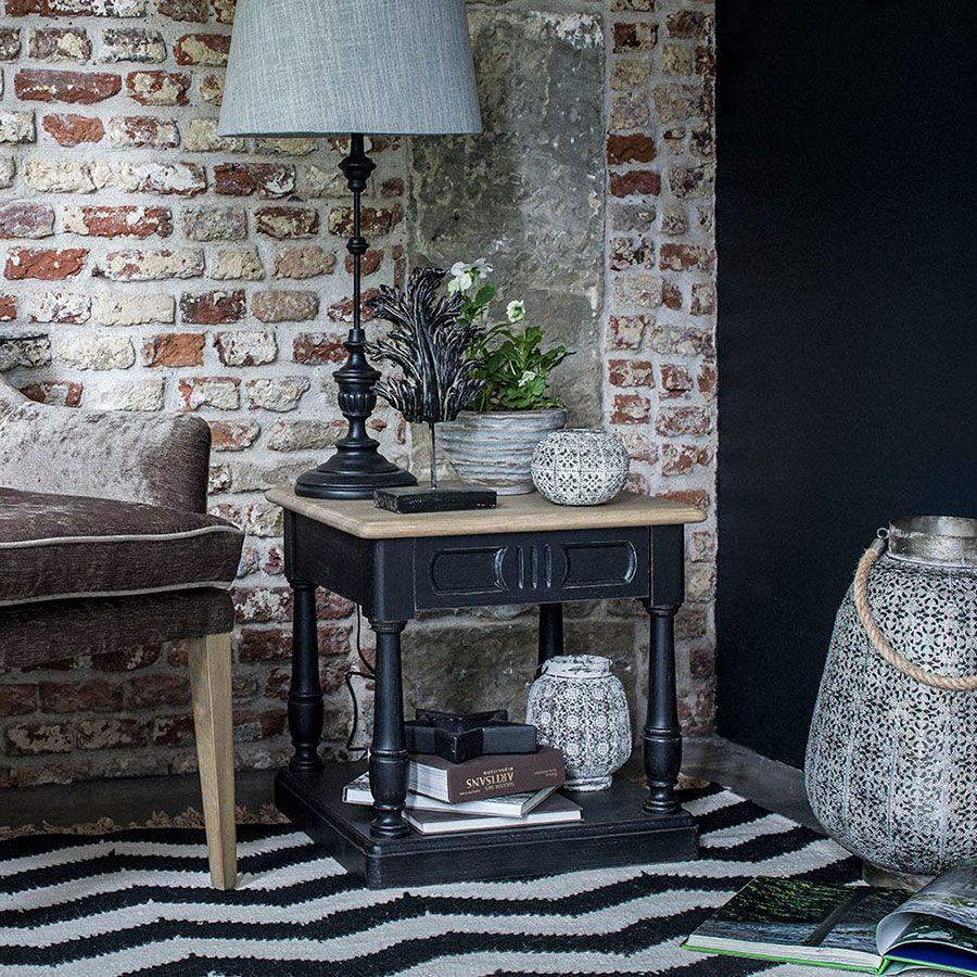 Lampe noire sur pied en bois et résine
