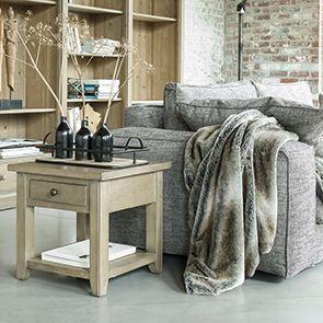 Bout de canapé contemporain en épicéa naturel cendré - First - Visuel n°2
