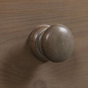 Buffet vaisselier 2 portes vitrées en épicéa brun fumé grisé - Natural - Visuel n°13