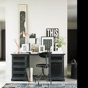 Bureau noir avec tiroirs en épicéa massif - Vénitiennes