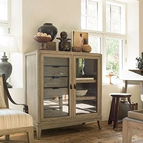 Cabinet de rangement vitré 6 tiroirs en frêne massif - Voyages