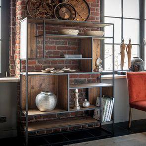 Bibliothèque à cases industrielle en bois recyclé et métal - Manufacture - Visuel n°2