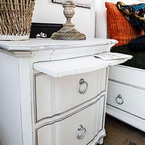 Table de chevet blanche 2 tiroirs en bois - Monceau - Visuel n°3
