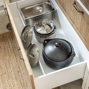 Casserolier 3 tiroirs en bois recyclé blanc - Rivages - Visuel n°10