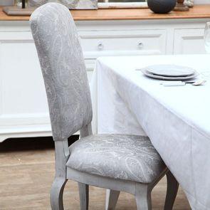 Chaise en hévéa massif et tissu fleurs de cachemire - Romy