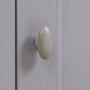 Meuble d'angle en pin gris perle vieilli - Brocante