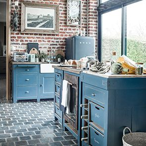 Meuble bas de cuisine 4 bacs en pin bleu grisé - Brocante - Visuel n°5