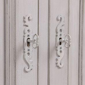 Buffet bas 2 portes en pin blanc opaline vieilli - Château - Visuel n°4