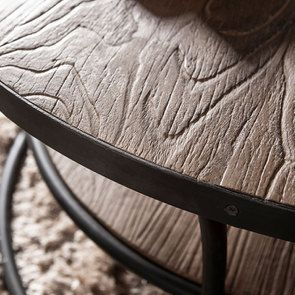 Table basse ronde industrielle en orme recyclé - Transition - Visuel n°5