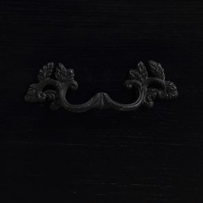 Commode noire patinée 4 tiroirs en épicéa - Visuel n°12
