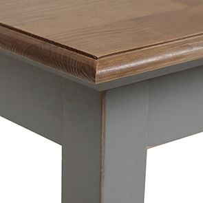 Table carrée en pin gris clair 4 personnes - Esquisse
