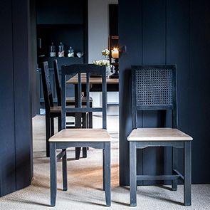 Chaise cannée en pin massif noir - Esquisse - Visuel n°2