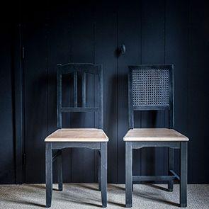 Chaise cannée en pin massif noir - Esquisse - Visuel n°3