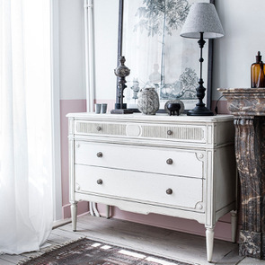 Commode 3 tiroirs en pin blanc craie - Montaigne