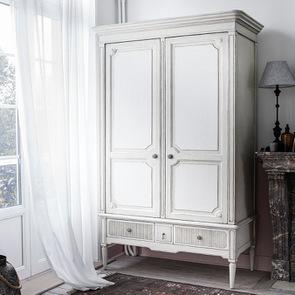 Armoire 2 portes 3 tiroirs en pin blanc craie – Montaigne