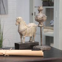 Statuette cheval beige