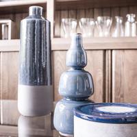 Vase décoratif en grès gris