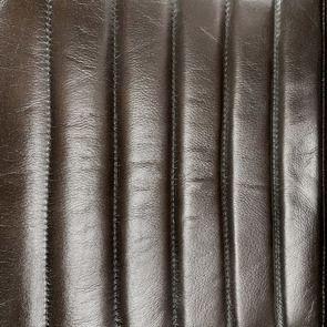 Fauteuil en acier et cuir brun - Matteo