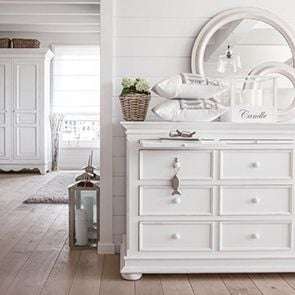 Miroir rond en bois blanc vieilli