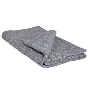 Boutis gris avec arabesques brodées 130x180