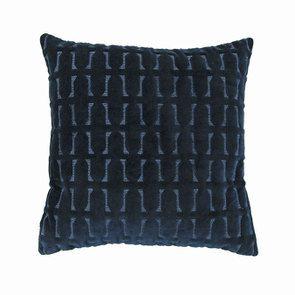 Housse de coussin bleue effet velours motifs en relief