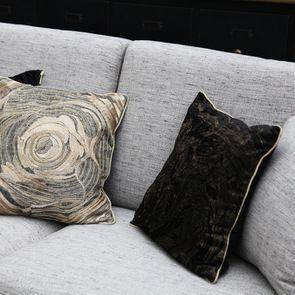 Housse de coussin en lin brodé motif floral - Visuel n°4