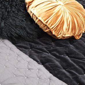 Boutis effet velours 130x180 noir et gris
