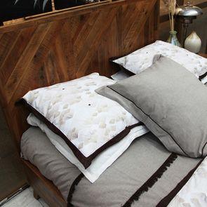 Housse de couette 240x260  et 2 taies 60x60 en coton tissé avec franges