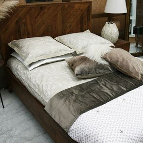 Parure de lit beige 240x260 cm