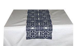Nappe blanche brodée de motifs bleus 170x260