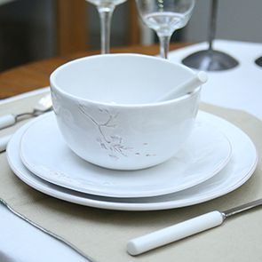 Assiettes plates blanches en céramique (lot de 4)