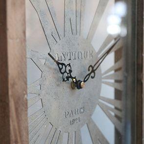 Horloge en bois et métal - Visuel n°3
