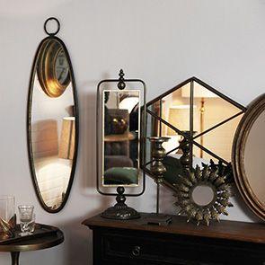 Miroir ovale en métal