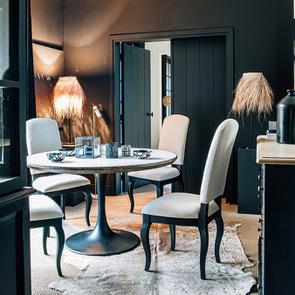 Chaise noire en hévéa massif et tissu - Manoir - Visuel n°4