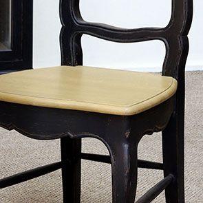 Chaise noire en pin massif - Louise - Visuel n°4