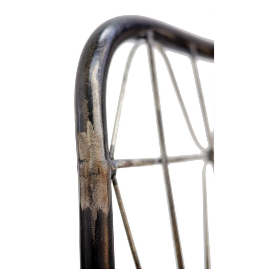 Chaise noire en acier - Factory