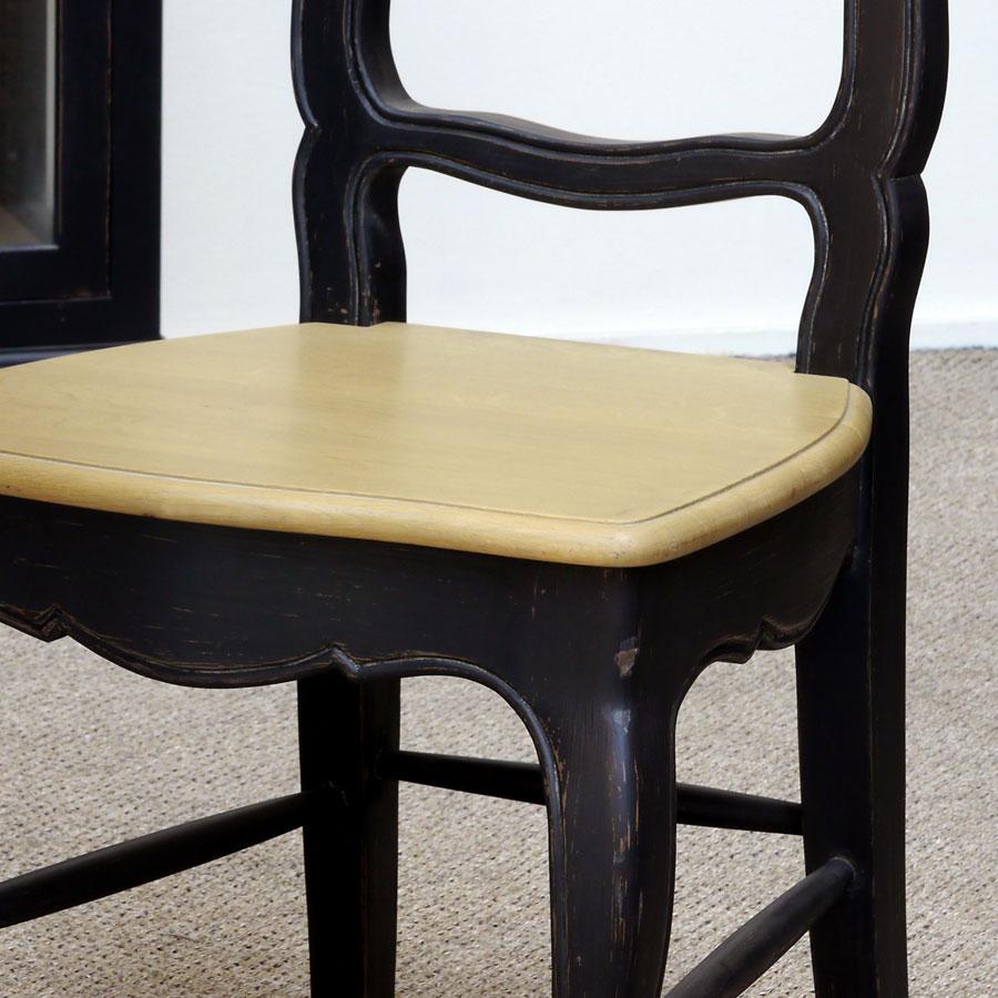 Chaise noire en pin massif - Louise
